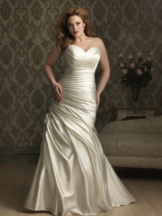 The plus size wedding dresses challenge for Plus size after wedding dress