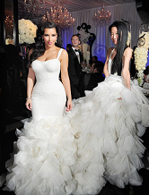 4a79d12d4c Vera Wang Wedding Dresses debuted in 1990 at her first flagship bridal  salon in the Carlyle Hotel on Madison Avenue in New York City.
