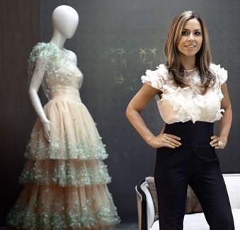 How Monique Lhuillier Wedding Dresses Woos Brides And Celebrities