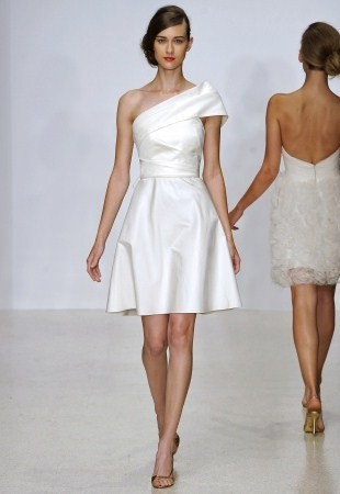 Fashion trends for short wedding dresses for Oscar de la renta short wedding dress